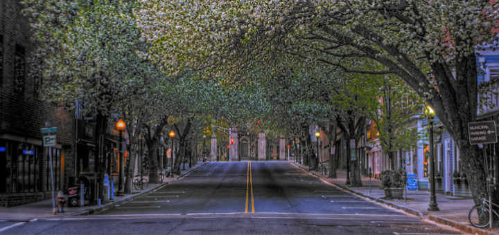 Ralf Pfaar: Empty street (photography, 2016)